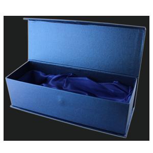 glaspokal-geschenkbox-blau