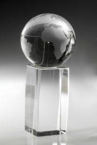 "Glastrophäe ""Arcu Award"" mit Lasergravur"