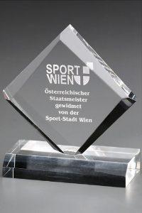 """Glastrophäe """"Diamond Award"""" mit Lasergravur"""