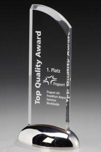 "Glastrophäe ""Dominatio Award"" mit Glasgravur"