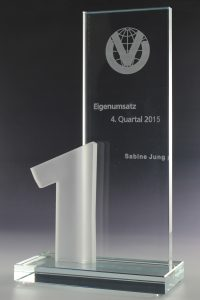 """Glaspokal 1 """"Numerus Award"""" mit Glasgravur"""