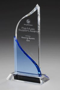 """Glaspokal """"Dream Award"""" mit Lasergravur"""