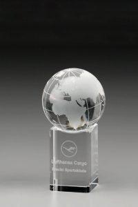 "Glaspokal ""Orbis Award"" mit Lasergravur"