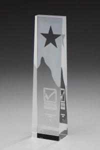 "Glastrophäe ""Star Obelisk Award"" mit Glasgravur"