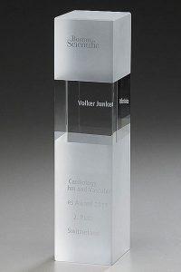 glaswert-crystal-ice-cubix-gravur-lasertechnik-glaspokal-auszeichnung