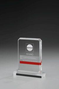 """Glaspokal """"Akito Award"""" mit Lasergravur"""