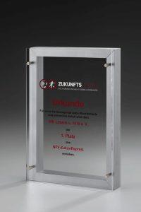 "Acrylglaspokal ""Lucus Lumen Award"" mit Gravur"