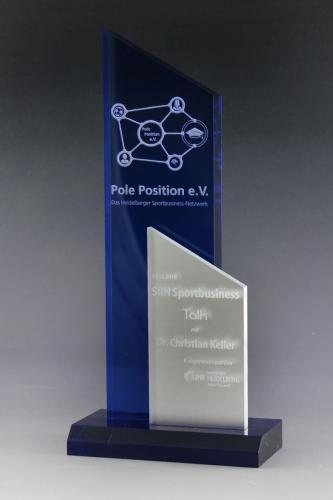 acrylglaspokal-award-medienpreise-srh-sportbusiness