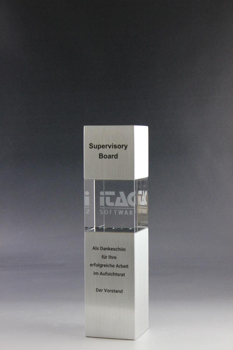 glaspokal-itac-glastrophäe-cubix-award