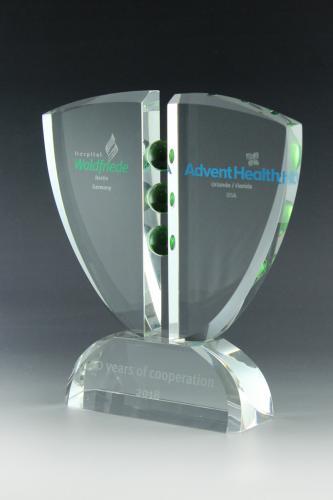 glaspokal-lasergravur-folienplott-kristallglas-hospital-waldriede-international-trophy