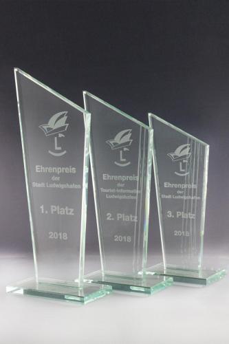 glaspokal-ehrenpreis-lasergravur