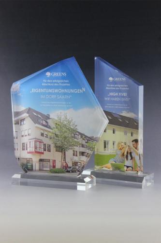 glaspokal-greens-award-immobilien-glastrophäe