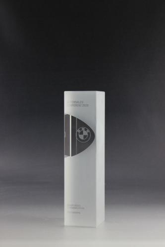glaspokal-lasergravur-bmw-award