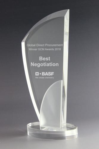 30 glaswert-award-basf-trophy-referenz